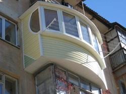 объединение комнаты и балкона в Смоленске